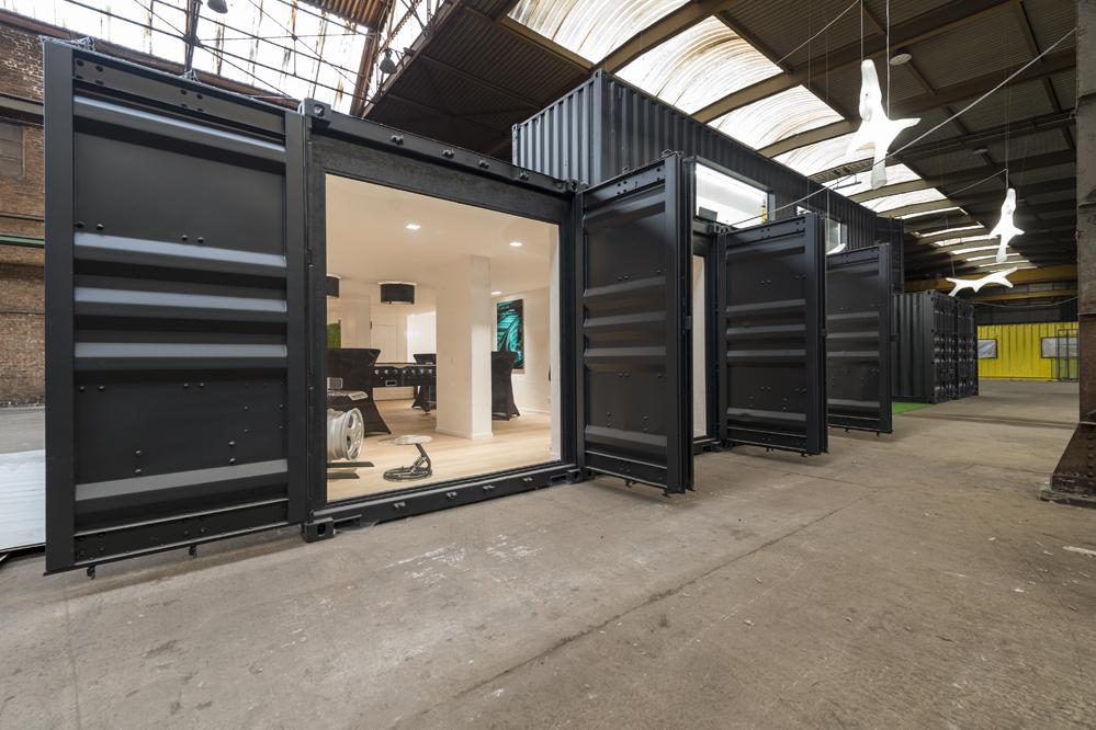 Jelle Vandecasteele Interieurarchitect burelen kantoorinrichting container inrichting